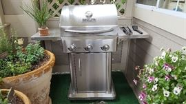 gas grill great condition