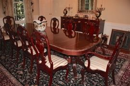 Kindel Winterthur Dining Room with Table, 10 Chairs and Hunt Table