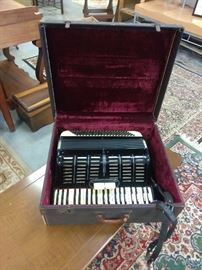 Italian accordion marked 2/177 Awesome sound!