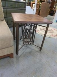 Have a pair of these iron bottom end tables