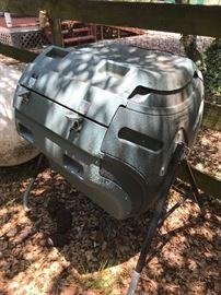 Lifetime Brand Compost Tumbler
