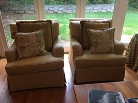 Henredon arm chairs