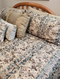 Bassett headboard, comforter set