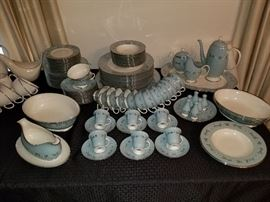 1950's Franciscan Del Rio Fine China!  MINT CONDITION!!  LARGE Place Setting with Many Serving Pieces!