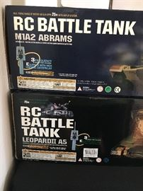 RC Abrams Battle Tanks.