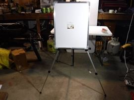 portable easel with white board