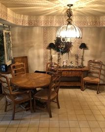 "Kitchen Table and 5 Chairs ,w 20"" Leaf, Felt Pads and Side Server by Drexel Heritage - Set of Beautiful Brass Lamps"