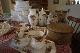 Johnson Bros. Old Country Rose items