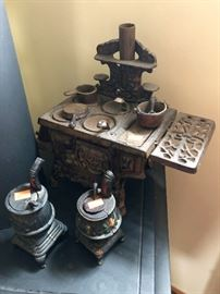 Cast iron stoves in miniature