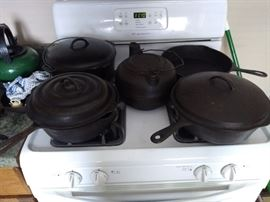 A fine selection of Wagner Vintage Cast Iron Cookware.
