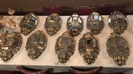 (18) Piece Spanish Brass Fixture Set