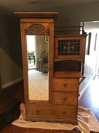 Oak Wardrobe, Original