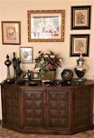 current decorative accessories
