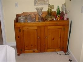 One of the dry sinks
