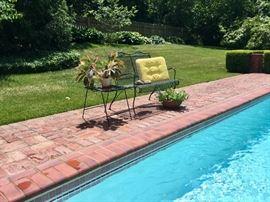 Inviting patio furniture!