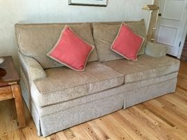 Ethan Allen sofa. Like new condition! You move, please