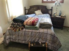 Drexel Bedroom Set. Bedding