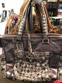 Sharif purse