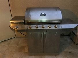 Char-Broil Commercial Dual Fuel Gas & Propane Grill
