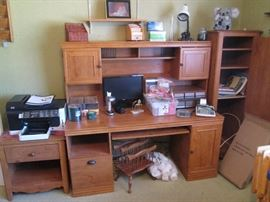 Computer Station with Side Shelving Unit