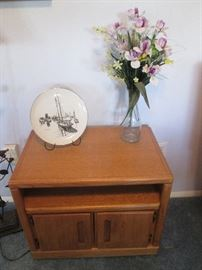 Small Storage Cabinet, Florals and Table-Top Accessories