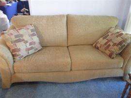 La-Z-Boy Contemporary-Style Sofa, like new!