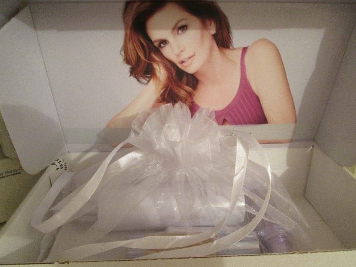 Cindy Crawford 4-piece Skin Care Kit, NIB