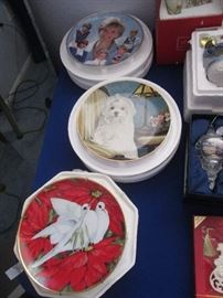 Collectible Plates with Boxes