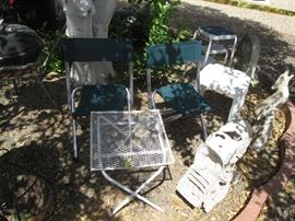 Accent Yard Furniture and Folding Chairs