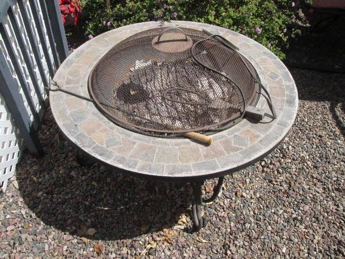 Fire Pit with Screen