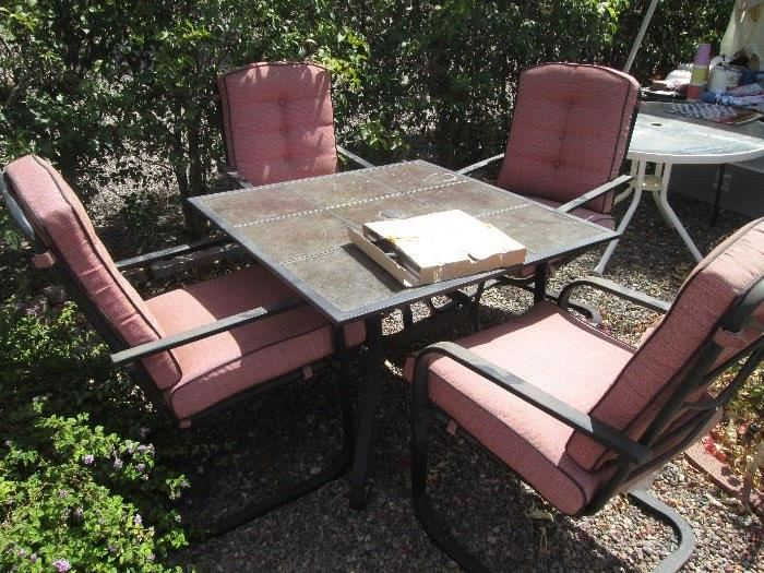 Patio Table/4-Chairs and Cushions