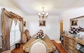 AICO La Francaise Versailles Dining room table and Chairs with 2 extenders.  Immaculate condition