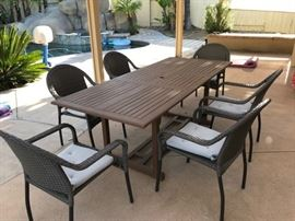 Outdoor Table with 6 Chairs