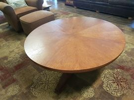Circular Center Pedestal Coffee Table with Center Adjustment to Elevate