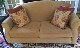 18. 2 Cushion Tight Back Loveseat (5'5'' x 3'6'' x 2'10'')