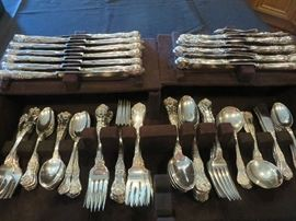 KING GEORGE STERLING SILVER FLATWARE    12 FULL PLACE SETTINGS OF 5, PLUS ADDIONAL PCS FOR TOTAL OF 126