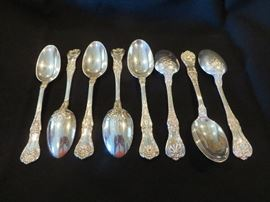 8 ADDITIONAL TABLE SPOONS