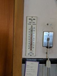 Bell oil fuel thermometer