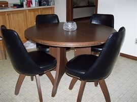 MCM Kitchen Table and Chairs