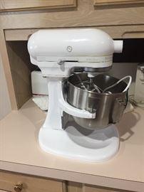 Kitchen aid pro stand mixer