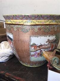 Large antique Chinese pot