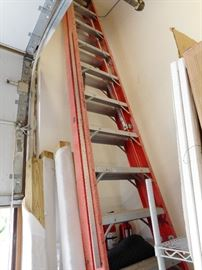 14' Fiberglass Step Ladder
