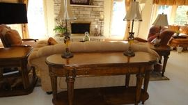 Sofa Table, Matching lamps