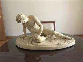 Dying Gaul Statue