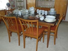 Wood Dining Room Set w/ 6 chairs and 2 pull out leaves and pads -Mid-Century