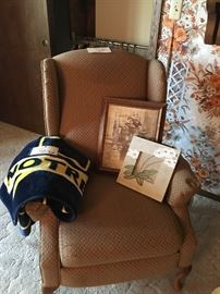 Chair, Pictures, Notre Dame Throw