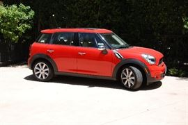 LOADED 2011 MINI COUNTRYMAN COOPPER S 4D HATCHBACK with 33,500 miles - LEATHER AND ALL OPTIONS -  ASKING $12,500 OBO