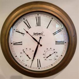 """Skyscan 18"""" Atomic Wall Clock"""