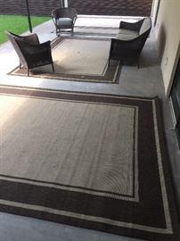 Wicker chairs & loveseat, 4 indoor/outdoor patio rugs