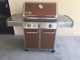 Weber Genesis Special Edition 3 burner gas's grill with sideburner and cover